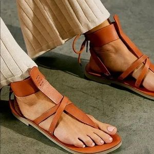 New without Box Free People Vacation Day Sandal